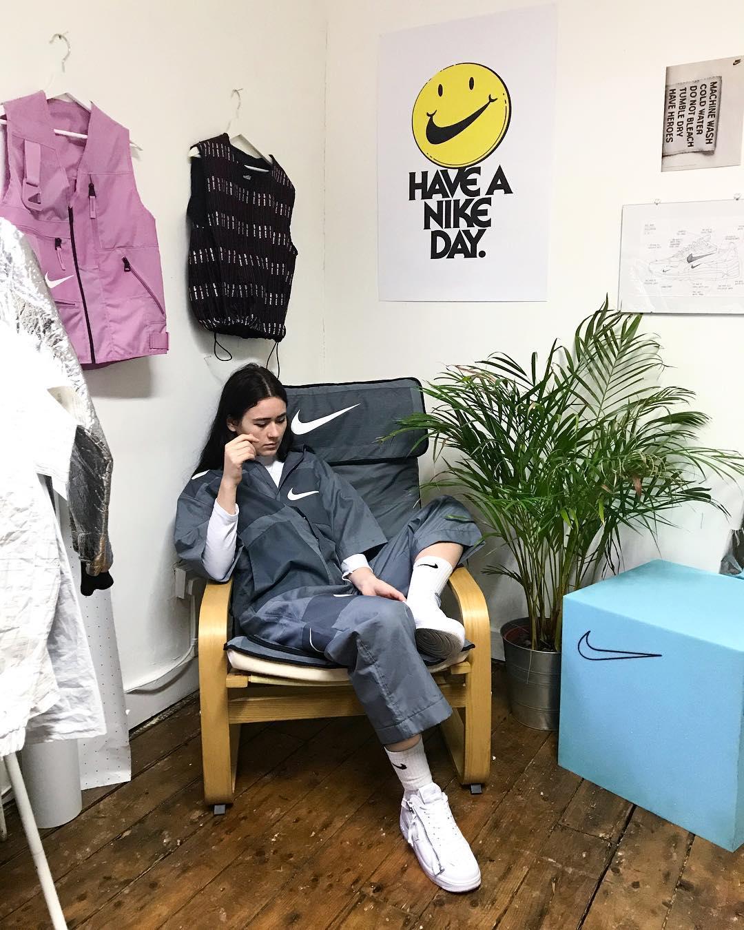 miniswoosh-nike-instagram-fashion-7.jpg