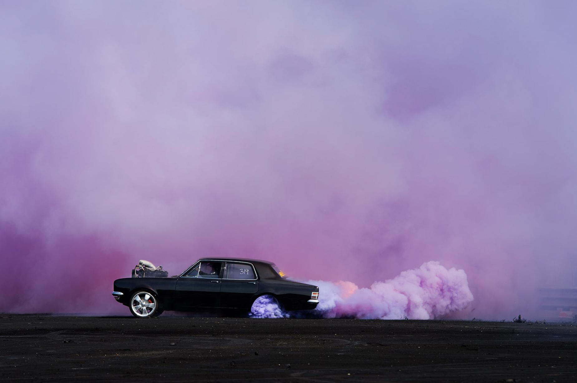iGNANT_Photography_Burnout_Series_Simon_Davidson_4.jpg