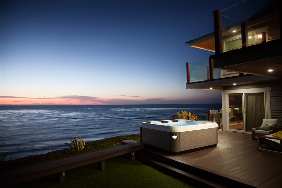 hot-tub-ocean-view-sunset.jpg