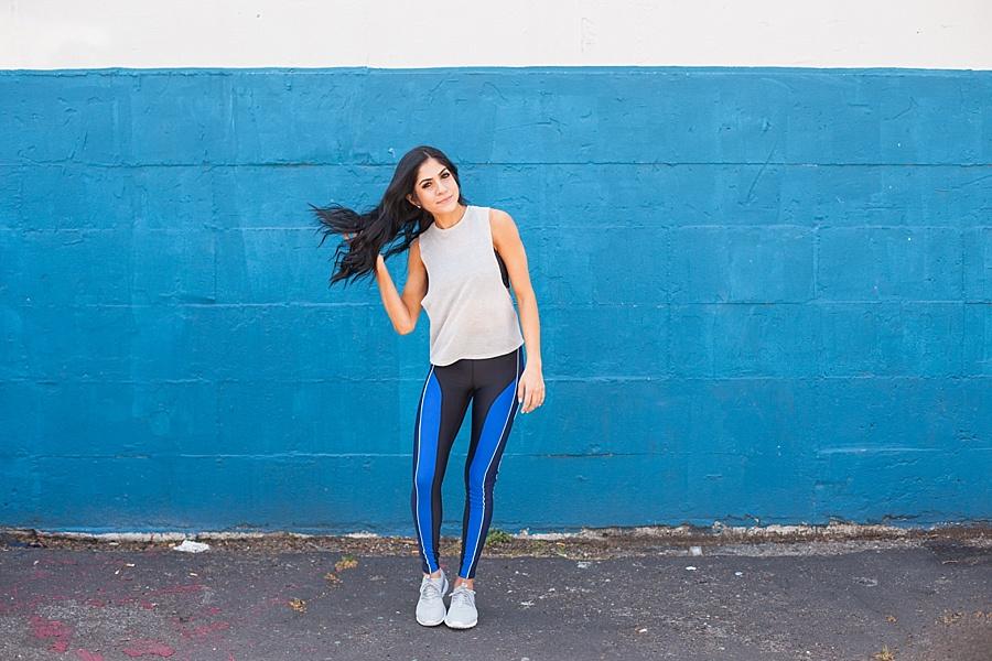fitnessbloggerweightsexercisenikewhiteshirtlululemonpants_0214.jpg