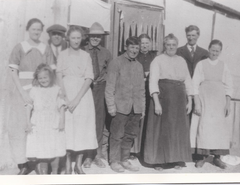 Firestien Family, 1922