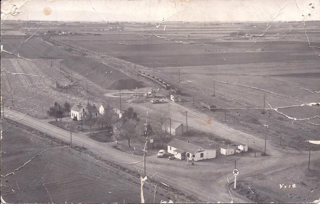 Aerial view of Bracewell, Colorado, circa 1950s. Photo Courtesy of Vernon Etter.
