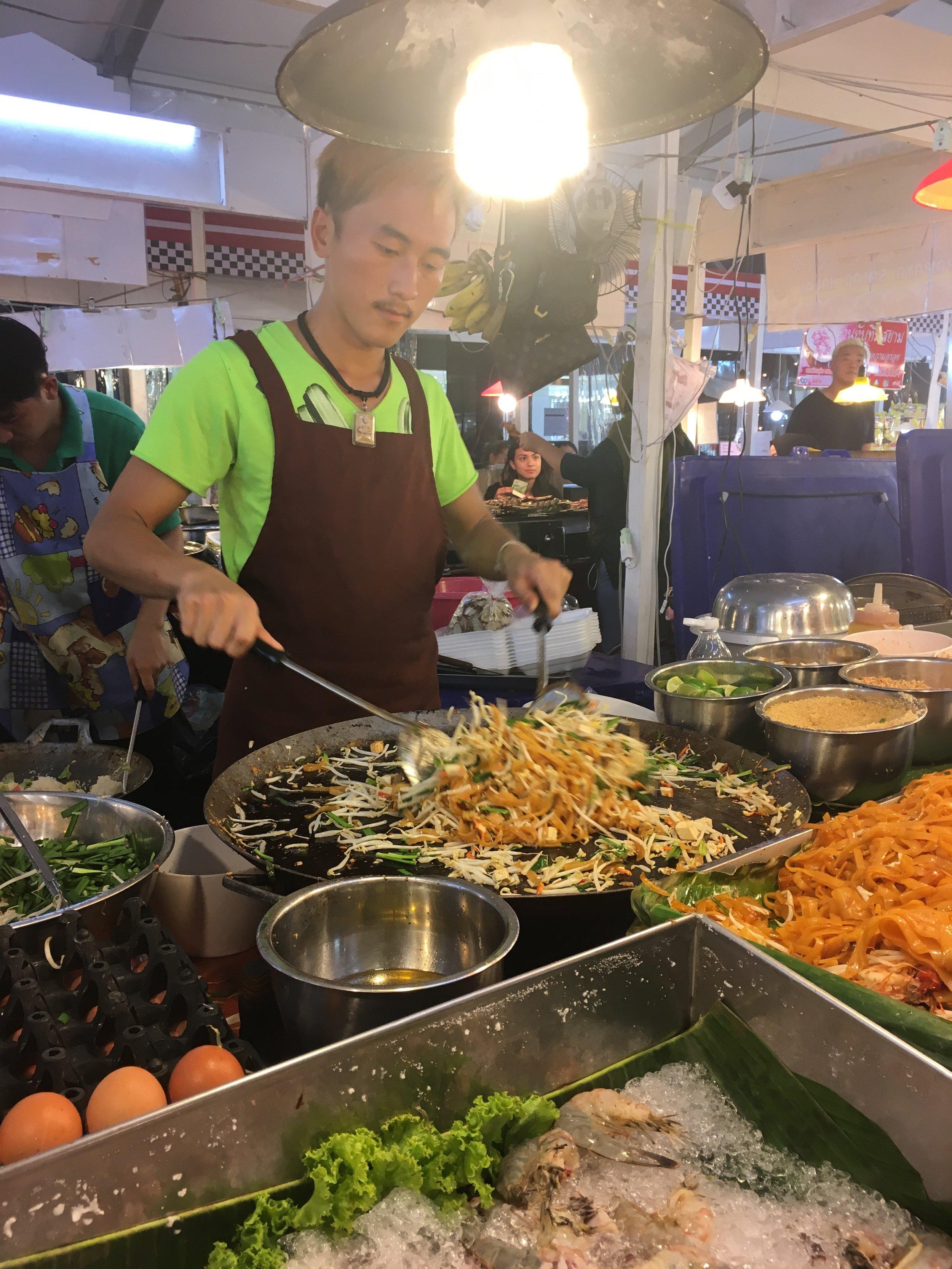 Pad Thai Live!