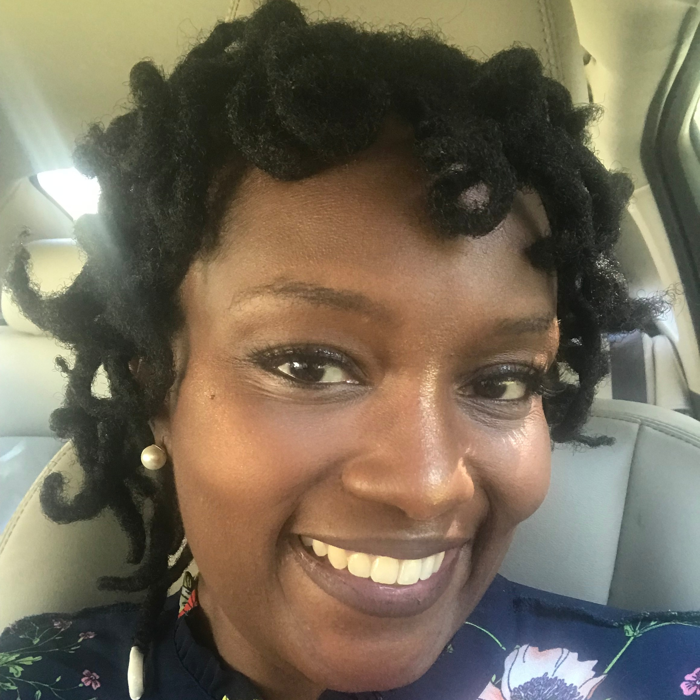 Meet Sinadia, the spiritual self-care founder of  @cleoandcaesars_llc   Location: Jacksonville, Florida