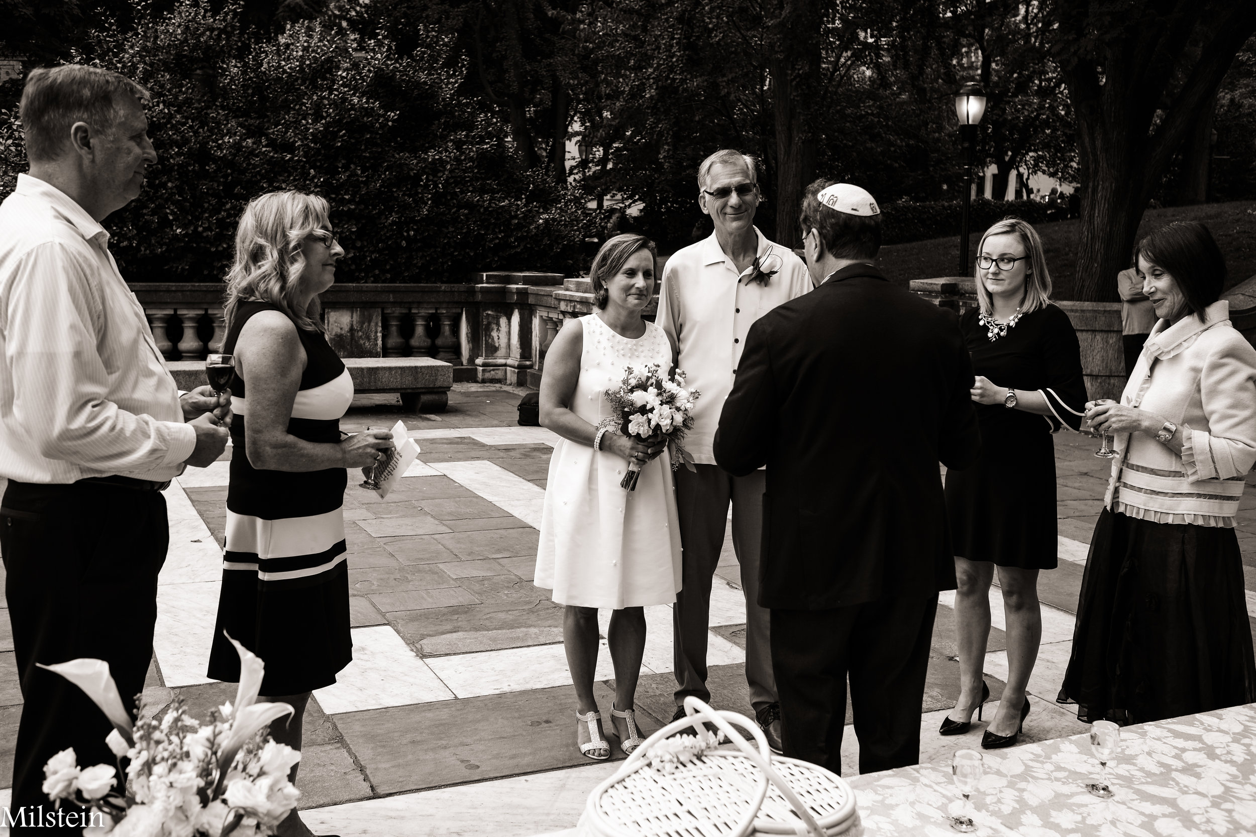 Amy-Milstein-Photography-Soldiers-and-Sailors-Monument-Wedding.jpg
