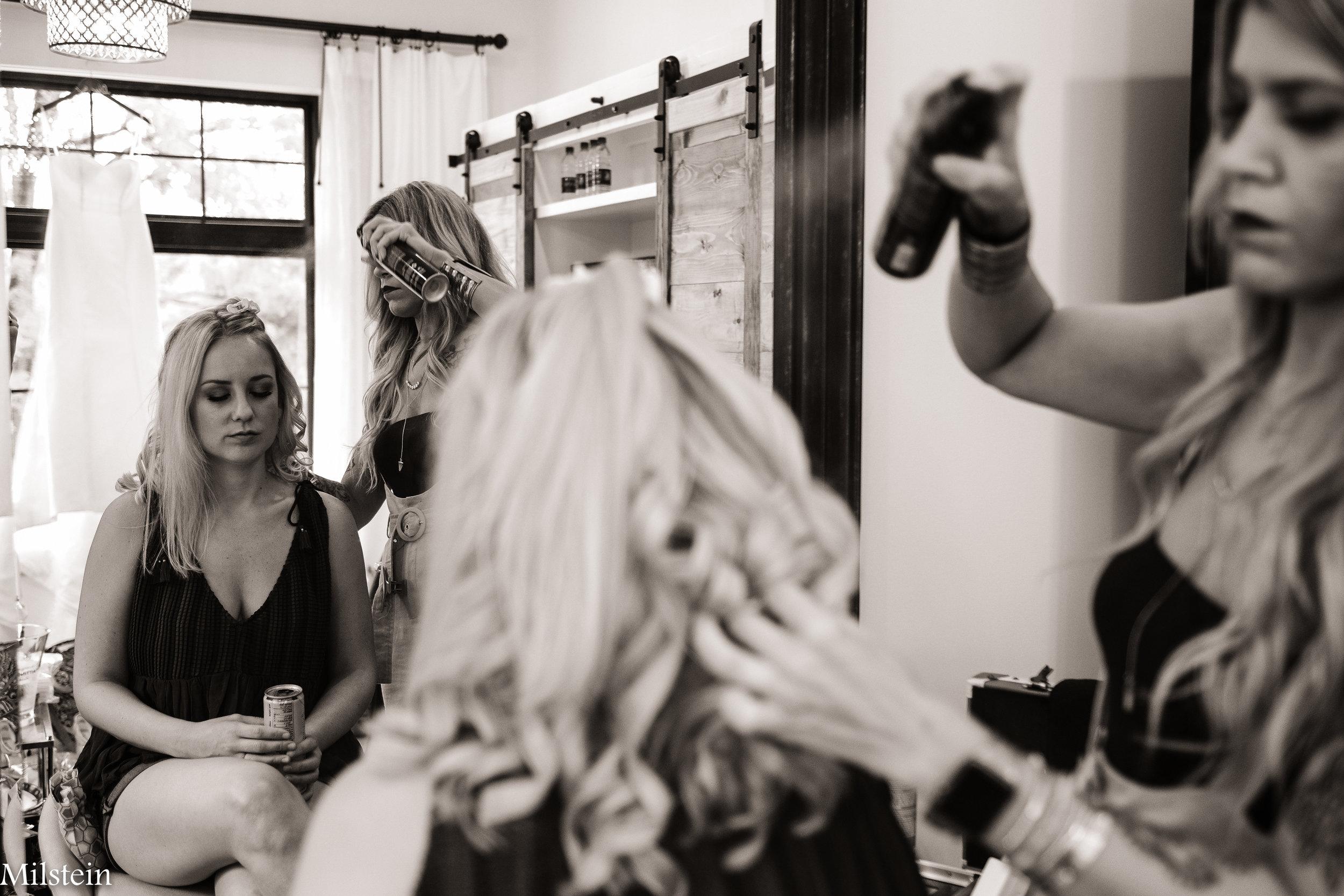 Amy Milstein - Candid wedding photographer