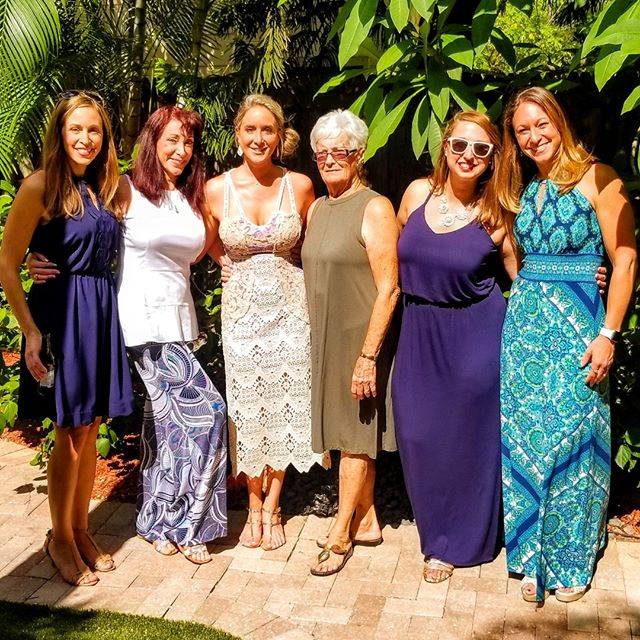 I had a wonderful weekend in Tampa celebrating Ashley and Lorenzo's new home surrounded by some amazing women in my life. I have 4 older female cousins on my moms side of the family.  Between the 5 of us we have the following degrees: 2 MD, a PhD, a BSN, a MHA, a MS, and 5 Bachelor Degrees. Nearly half of those degrees are from the University of Florida (not including the 2 residencies also competed at UF). I could not be more proud of these amazing women who lead the way for me.  Not pictured @brianasalasphd  #Family #WorkinOnMyWellness #JaxEMWellness #Burnout #PhysicianBurnout #PhysicianWellness #BalanceInMedicine #EmergencyMedicine #Radiology #ShesAnEqual #FemInEM #ILookLikeAnEMDoc #ILookLikeAnERDoc #ILookLikeASurgeon #EmergencyMedicine #StrongWomen #WomenInMedicine #WomenPhysicians #FemalePhysician #EmpoweringWomen  #WomenSupportingWomen #WomenInLeadership  #GirlPower #GirlBoss #GirlsWhoHeal #SmartGirls #Women #Physician #Nurse #TheFutureIsFemale