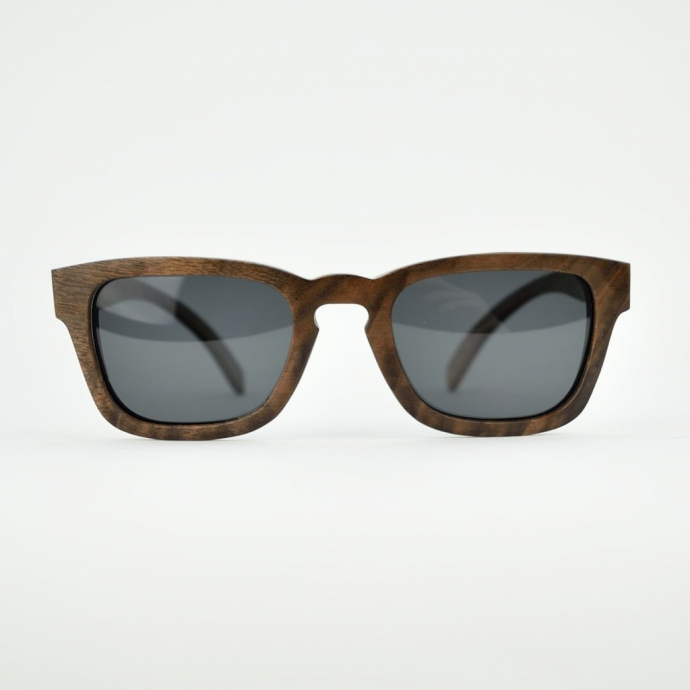 CoralTree-Fraser-Walnut-Beech-Wood-Sunglasses-Straight-Front2_1024x1024__32287.1494945856-690x690.jpg