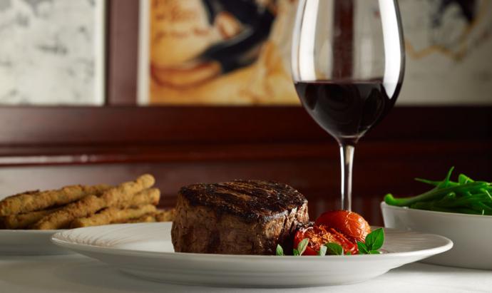 palm_home_images_0002_steak-wine-690x411.jpg