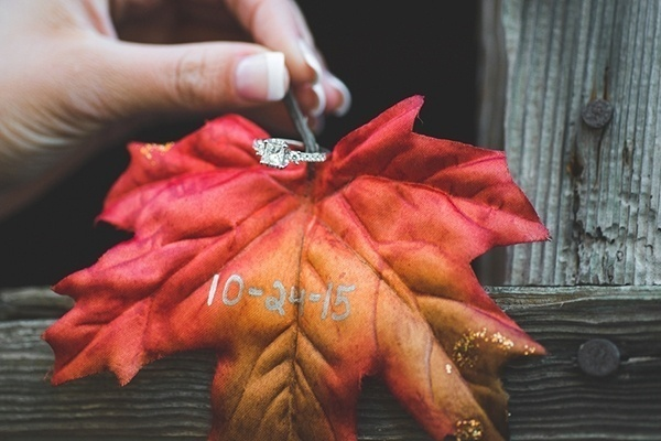 Fall engagement save the date photo