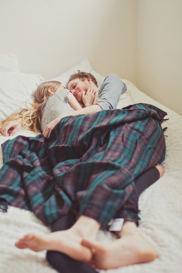 Engagement photos at home are the sweetest trend!