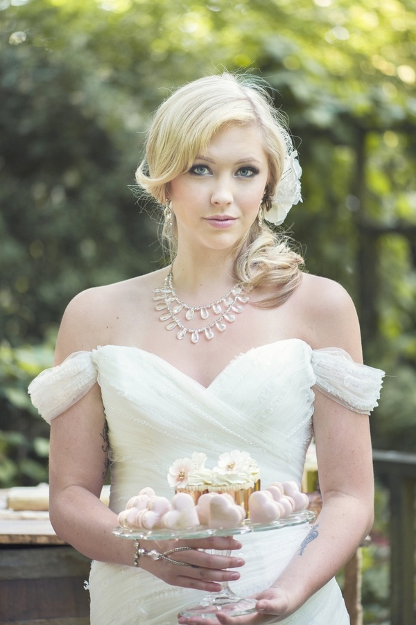 Glam girly bridal style