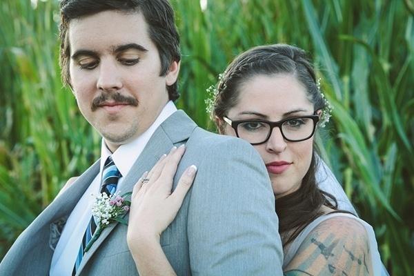 Bride in glasses -- amazing!