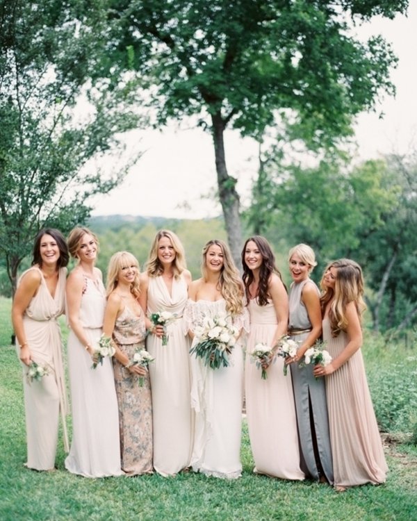 Photo by   Taylor Lord  via  Project Wedding