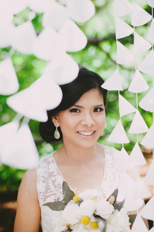 Lovely bridal beauty. Her earrings are perfect too!