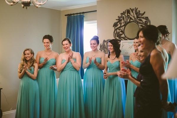 Gorgeous blue bridesmaid dresses!