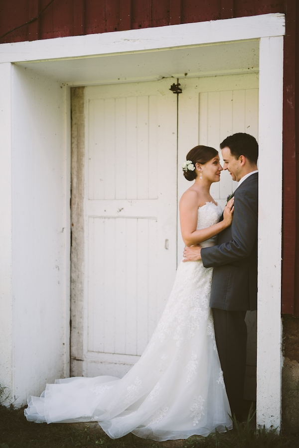beautiful wedding photo of a bride and groom!