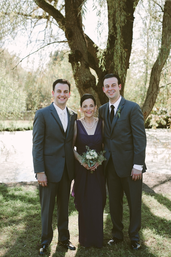 Groom with his mother and brother!