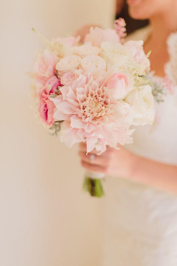 Photo by  Jen Wojcik Photography via  Wedding Chicks
