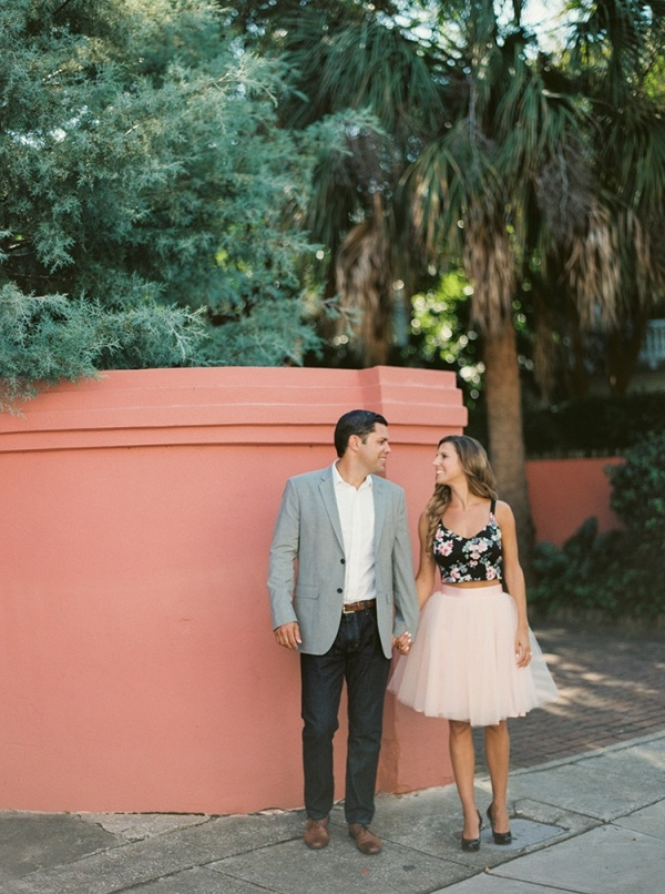 Gorgeous stylish Charleston engagement photos!