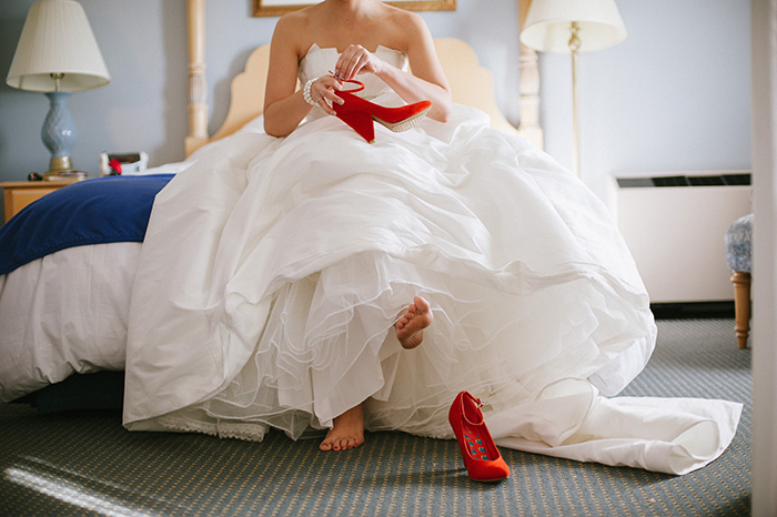 Bride wedding dress red shoes
