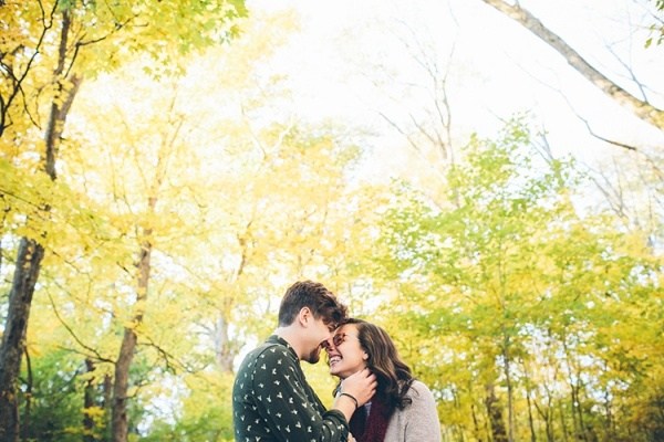 Fall engagement photo -- so adorable!