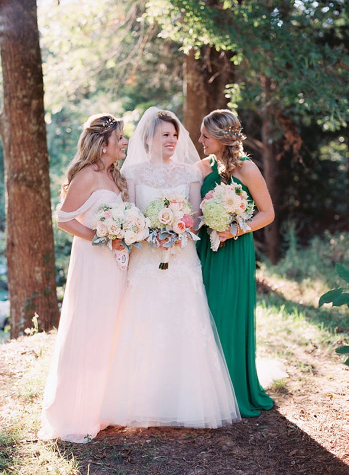 Photo by  Cassidy Carson Photography via  100 Layer Cake