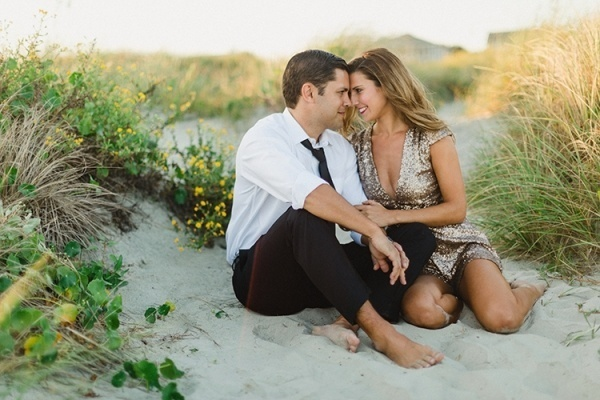 Love this engagement at the beach