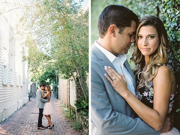 Adorable romantic engagement photo ideas