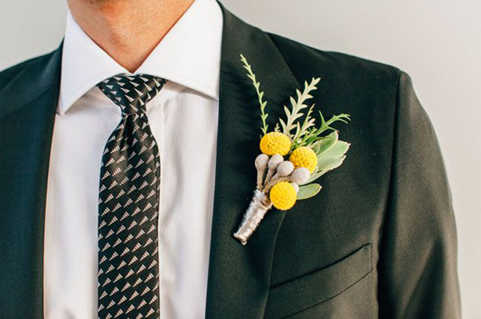 Photo by  Steve Cowell Photography via  Green Wedding Shoes