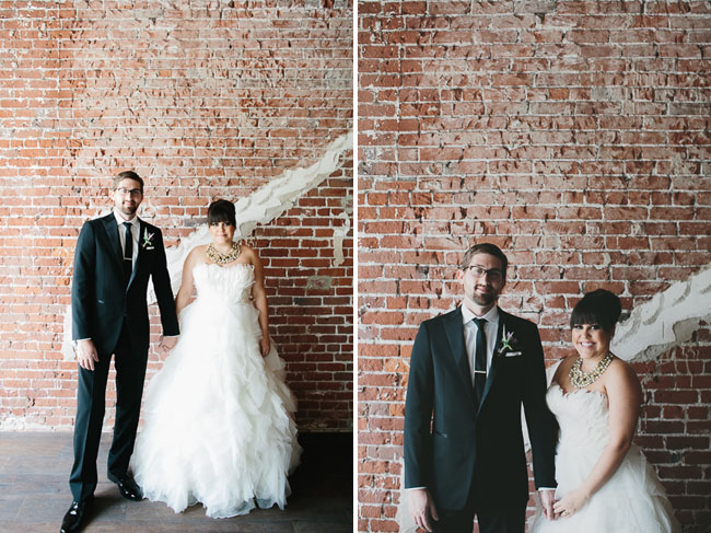 Photo by  Aaron Young Photography via  Green Wedding Shoes