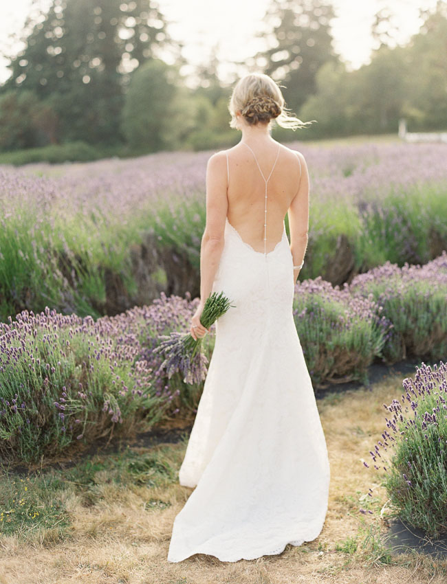 Photo by  O'Malley Photographers  via  Green Wedding Shoes