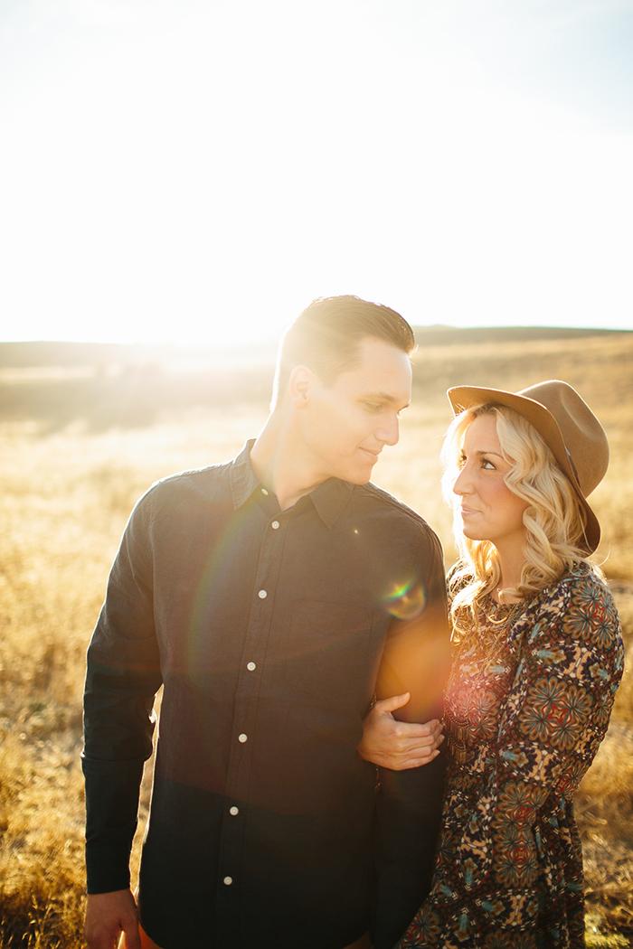 Gorgeous boho anniversary photos for a gorgeous couple!