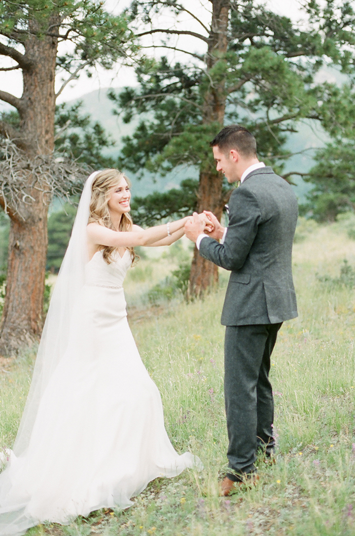 Blush_pink_Outdoor_Mountain_Wedding_by_Connie_Whitlock_029