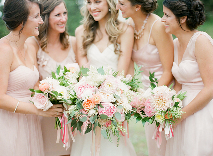 Blush_pink_Outdoor_Mountain_Wedding_by_Connie_Whitlock_038