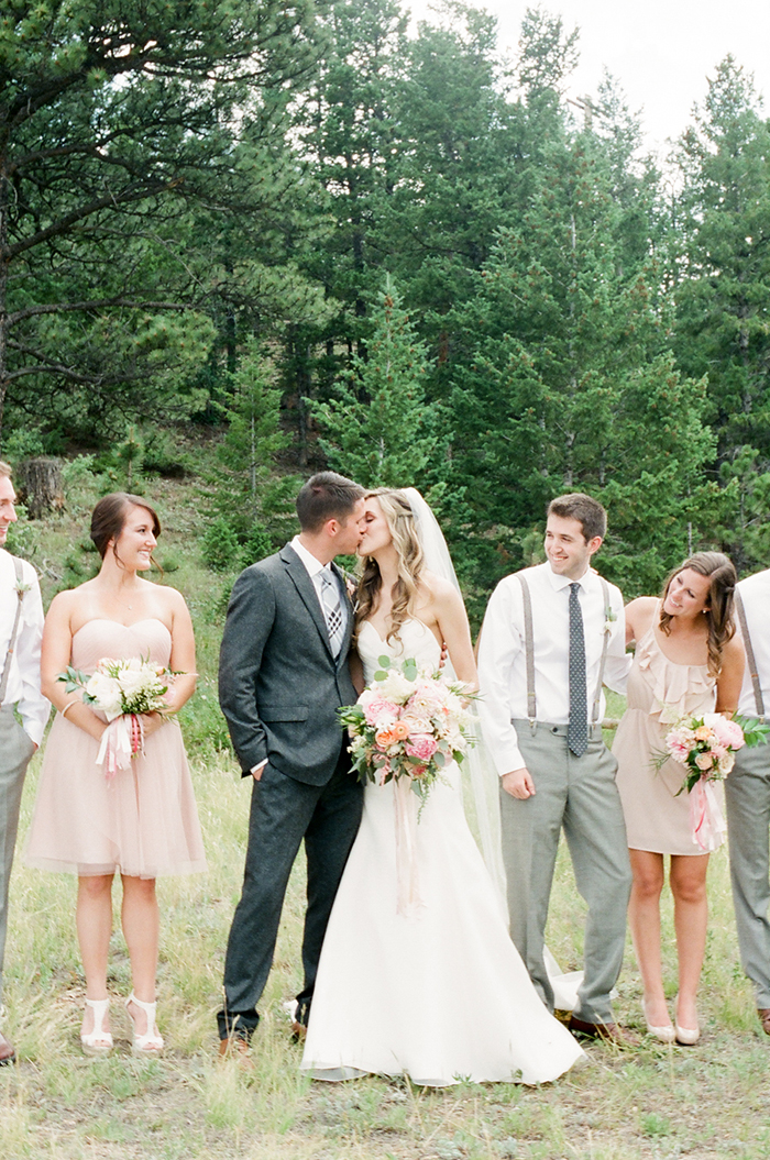 Blush_pink_Outdoor_Mountain_Wedding_by_Connie_Whitlock_042