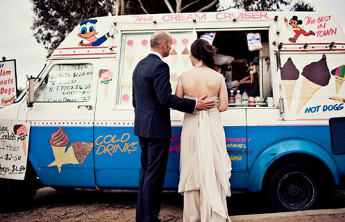 Photo by You Can't Be Serious via  Polka Dot Bride