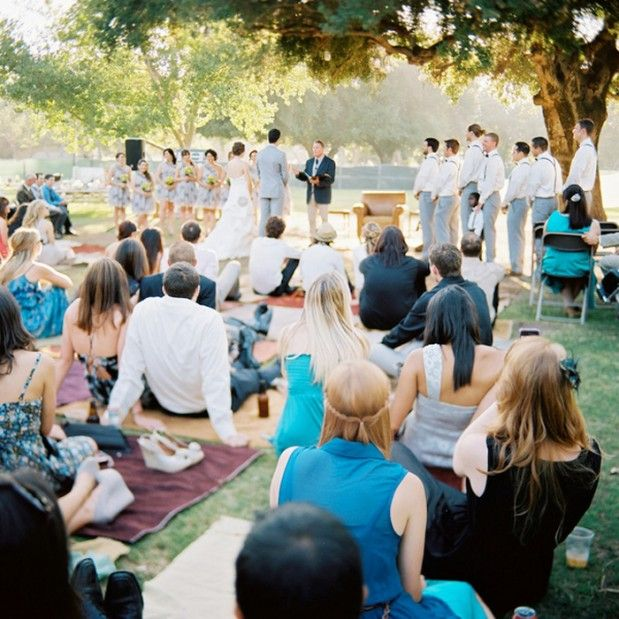Photo by  B. WRIGHT PHOTO via  Grey Likes Weddings