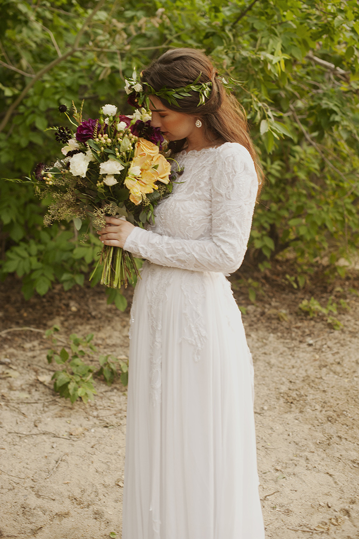 Lovely fall boho wedding