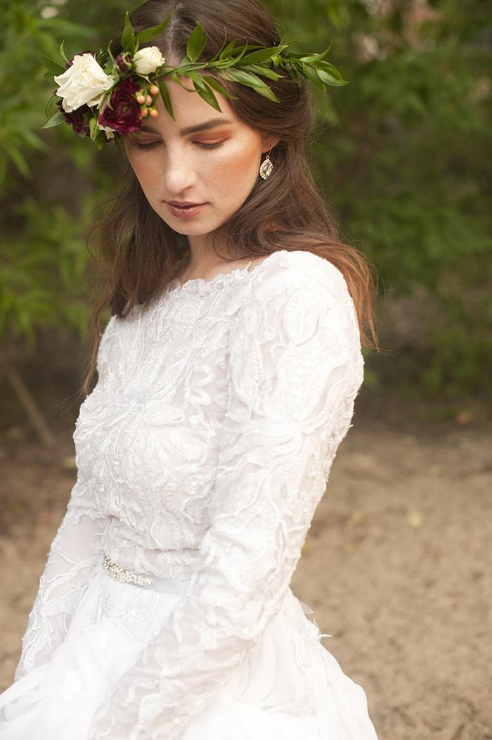 Gorgeous dahlia flower crown boho bride