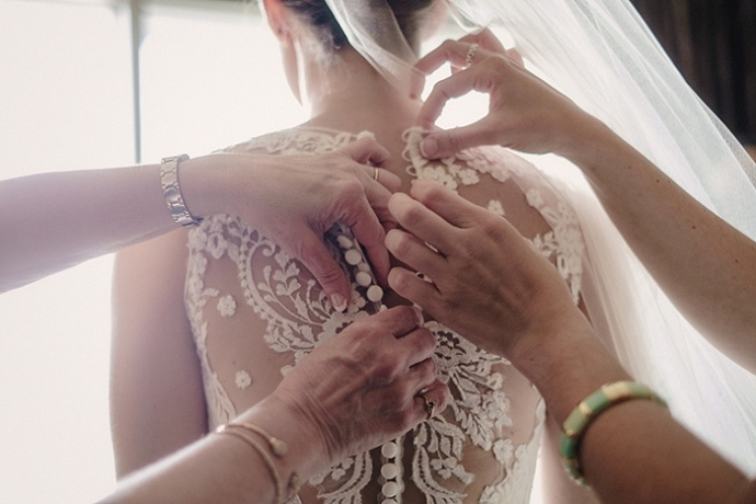 20150502-Geeser-Wedding-Preparation-078-clr-690x460.jpg