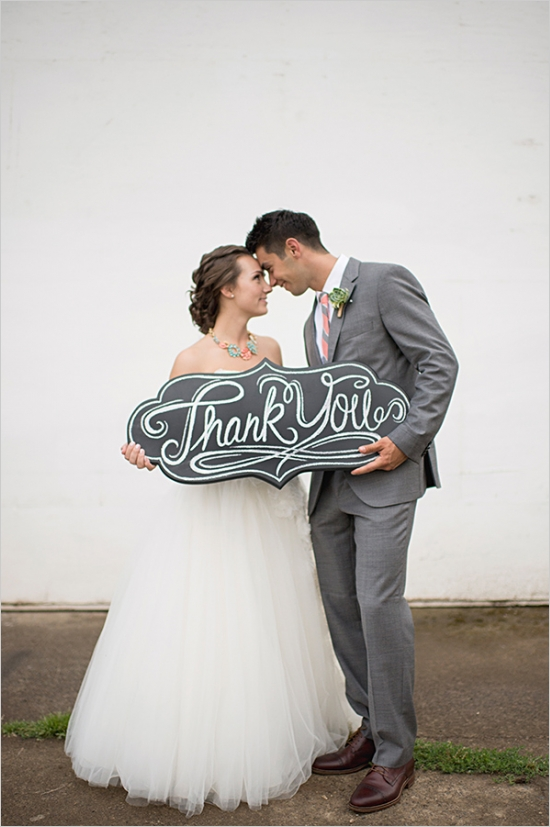 Photo by  Aimee McAuley Photography via Wedding Chicks