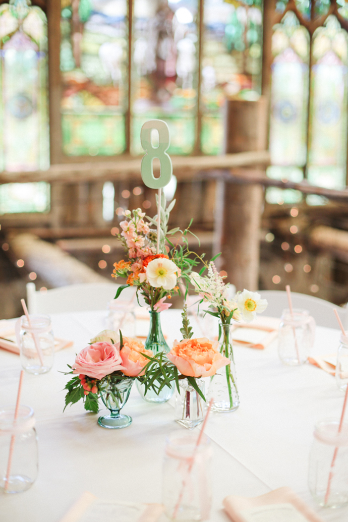 Colorful_Bohemain_Barn_Colorado_Wedding_by_Connie_Whitlock_094.jpg