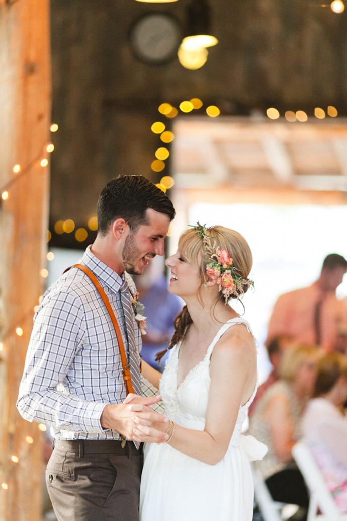 Colorful_Bohemain_Barn_Colorado_Wedding_by_Connie_Whitlock_161.jpg