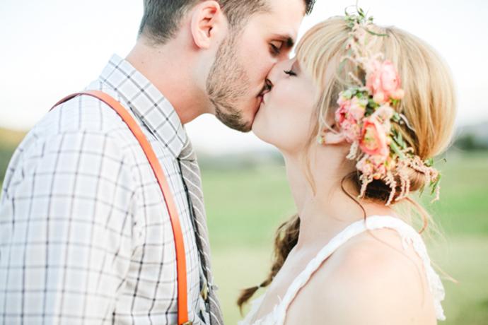 Colorful_Bohemain_Barn_Colorado_Wedding_by_Connie_Whitlock_196.jpg
