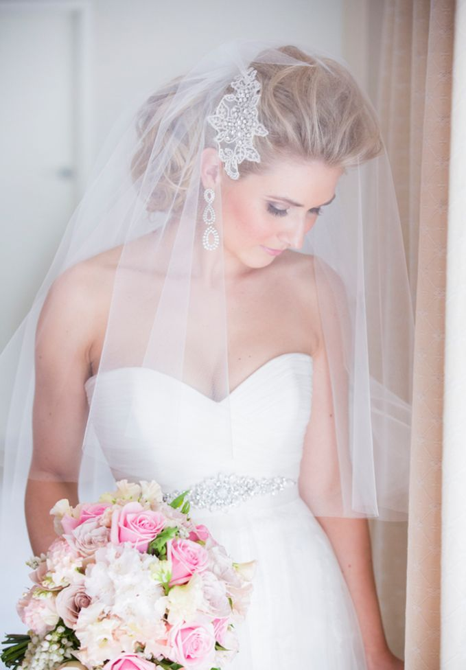 Photo by  Noble Photography  via  Bridal Detective