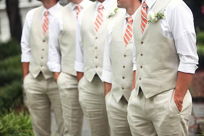 Photo by  Esther Louise Photography  via  Bridal Musings