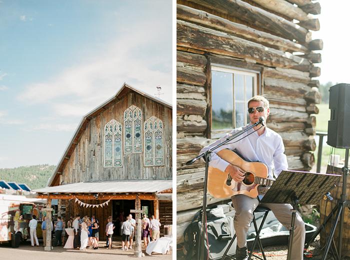 boho-barn-wedding-in-colorado-by-Connie-Dai-Photography-6.jpg