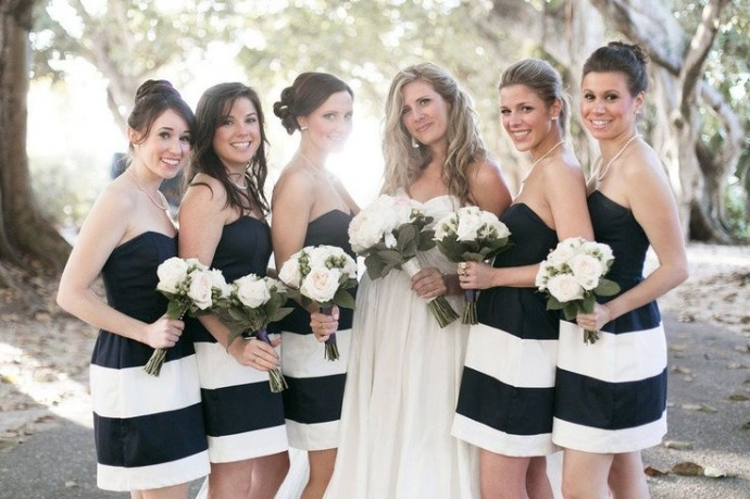 Photo by  K and K Photography via Style Me Pretty
