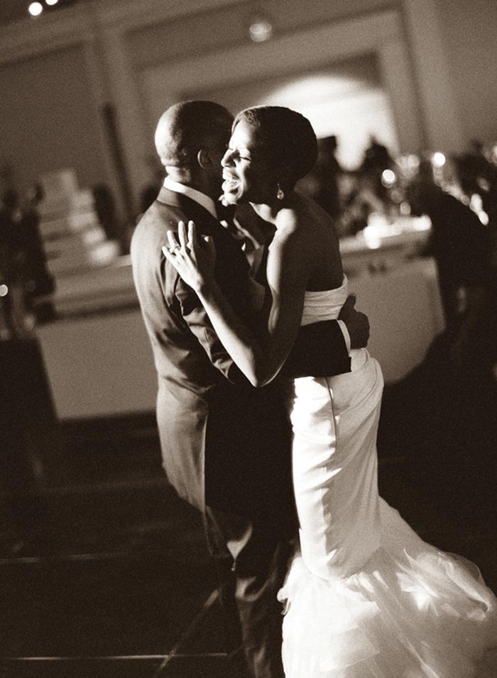 Photo by  Jonathan Canlas Photography  via Southern Weddings